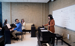 Yamaha Digital Piano Lab at VanderCook to Offer Future Music Educators Mastery of Advanced Learning Technologies